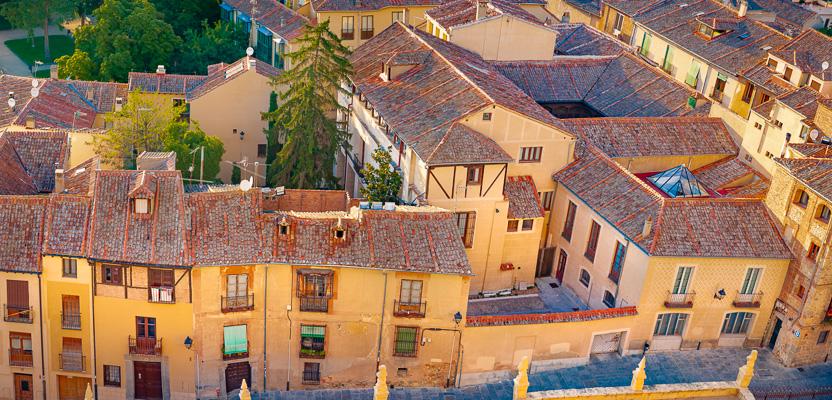 Pardi_Krista_Spain_Segovia_Rooftops.jpg
